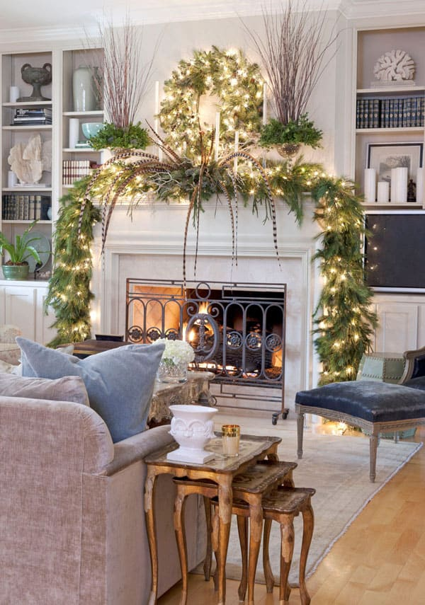 Modern Christmas Decorated Living Rooms-11-1 Kindesign