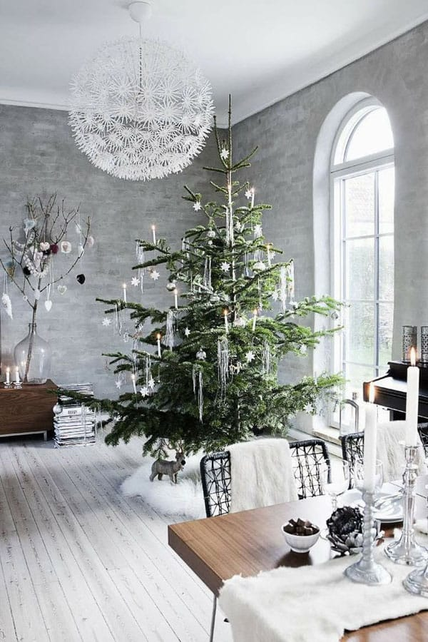 Modern Christmas Decorated Living Rooms-12-1 Kindesign