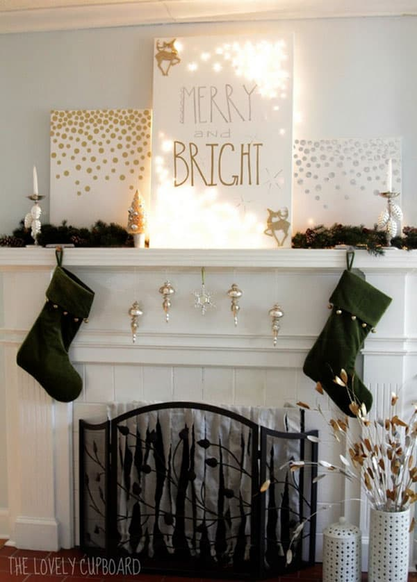 Modern Christmas Decorated Living Rooms-23-1 Kindesign