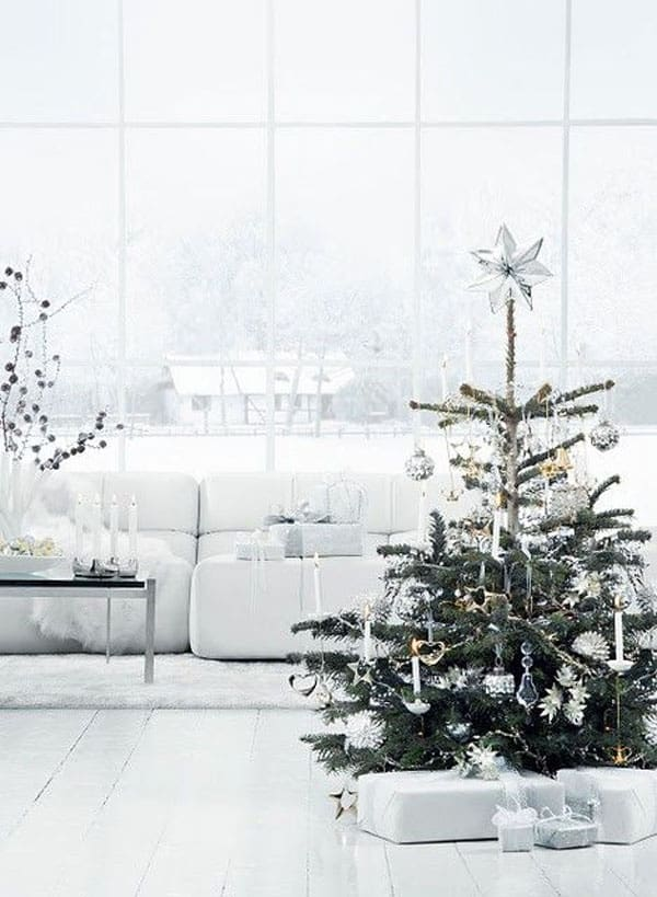 Modern Christmas Decorated Living Rooms-32-1 Kindesign
