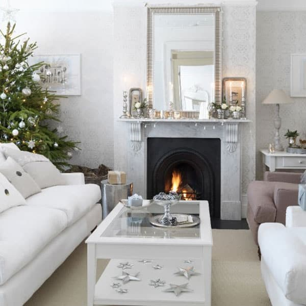 Modern Christmas Decorated Living Rooms-34-1 Kindesign