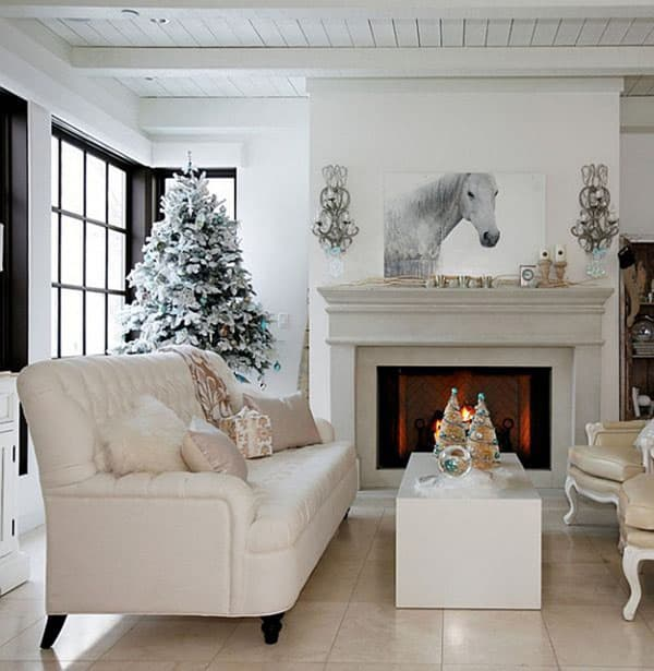 Modern Christmas Decorated Living Rooms-39-1 Kindesign