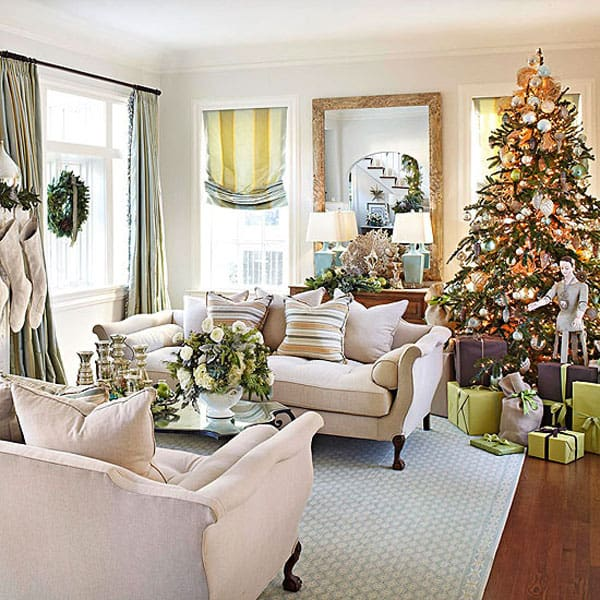 Modern Christmas Decorated Living Rooms-52-1 Kindesign
