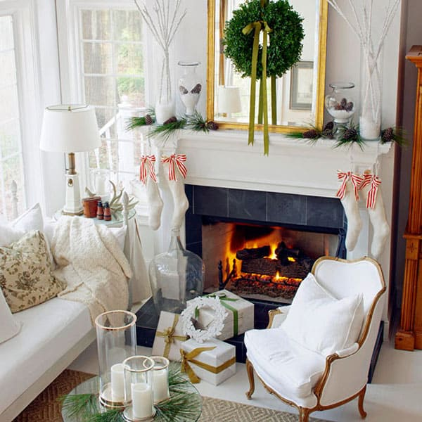 Modern Christmas Decorated Living Rooms-53-1 Kindesign