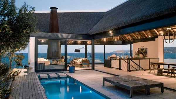 featured posts image for Warm and sophisticated dwelling in South Africa: Silver Bay Villa