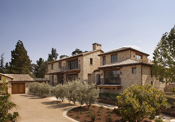 French Country Inspired Farmhouse In California Stone Maison