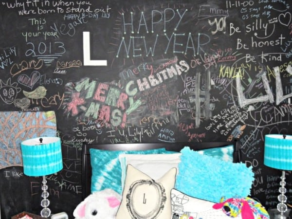 Chalkboard Headboard Ideas-18-1 Kindesign
