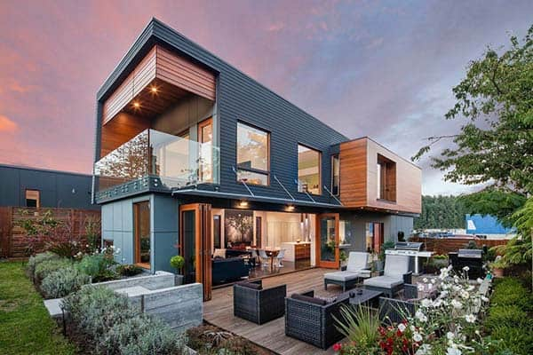 featured posts image for Gorgeously Designed Double High House in British Columbia