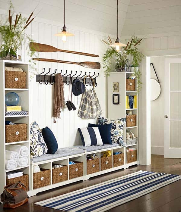 Delightful Mudroom Entry Design Ideas 01 1 Kindesign
