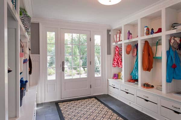 Mudroom Entry Design Ideas-13-1 Kindesign