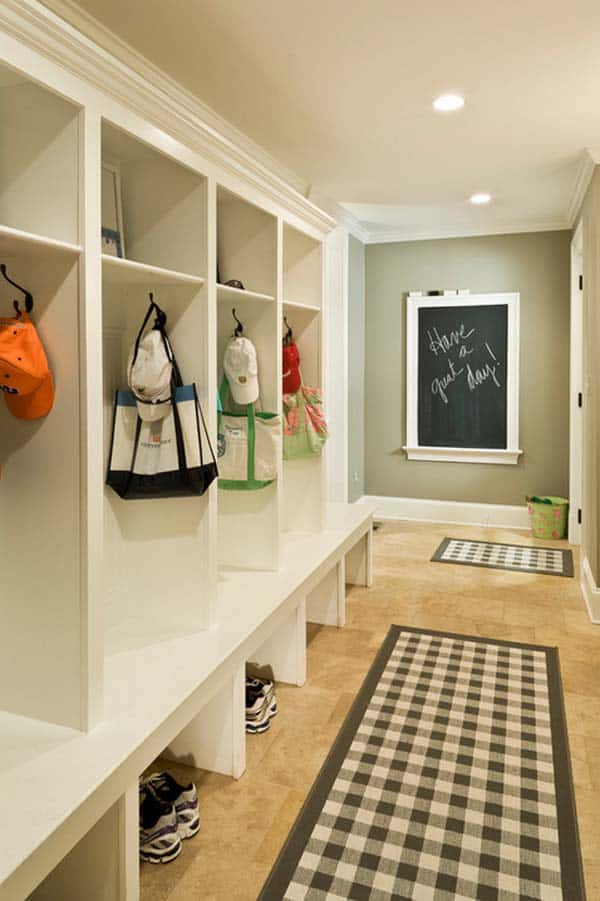 Mudroom Entry Design Ideas-26-1 Kindesign