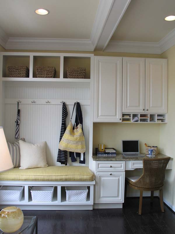 Mudroom Entry Design Ideas-29-1 Kindesign