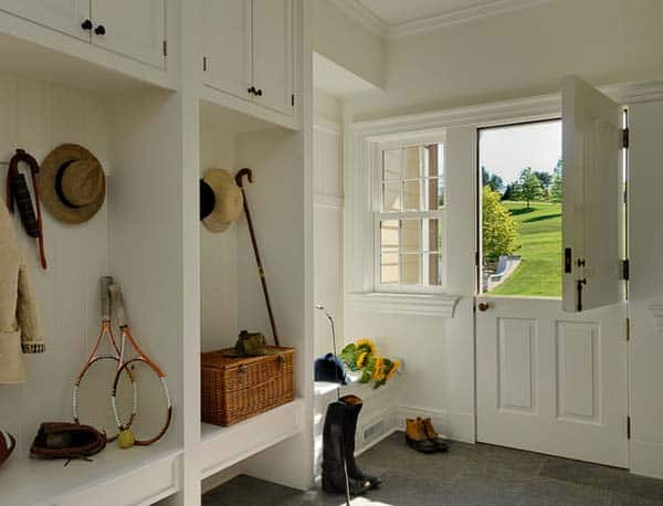 Mudroom Entry Design Ideas-31-1 Kindesign