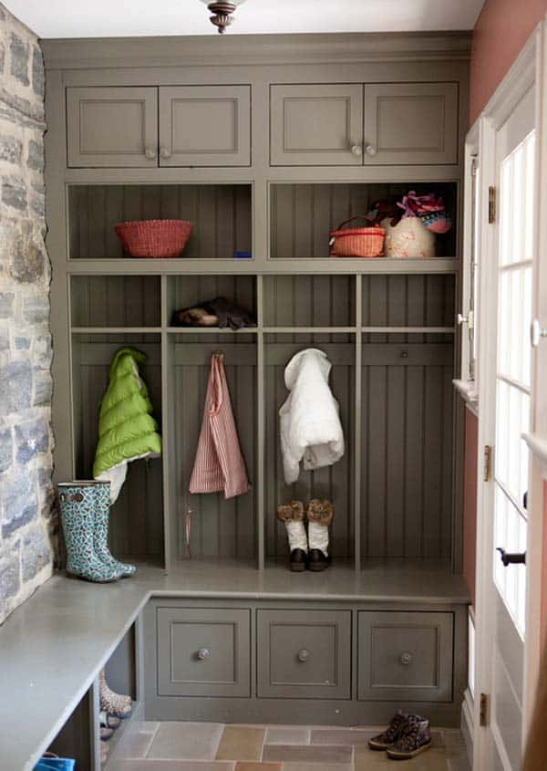 Mudroom Entry Design Ideas-34-1 Kindesign