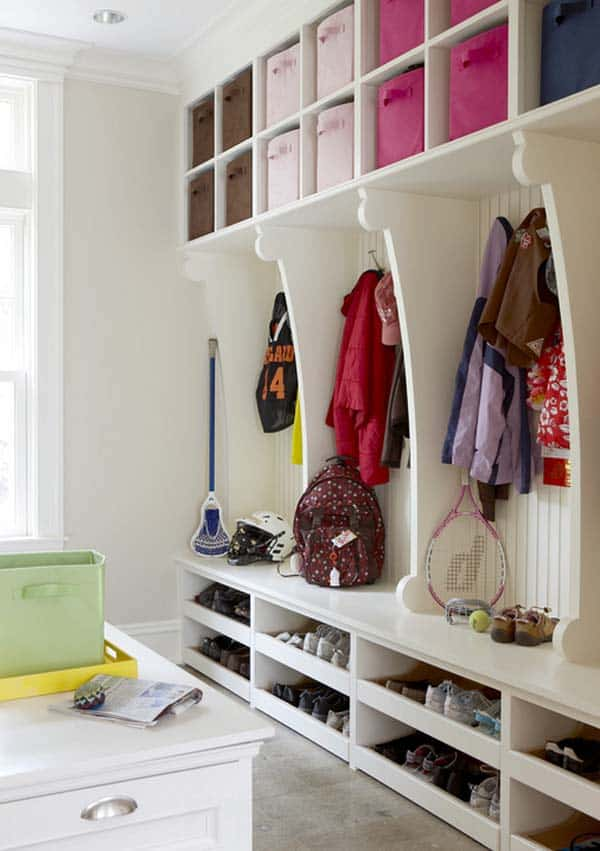 Mudroom Entry Design Ideas-35-1 Kindesign