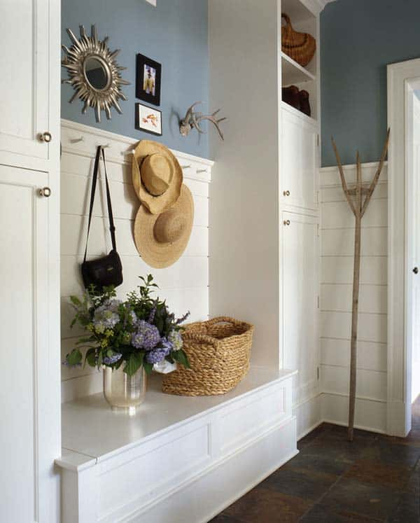 Mudroom Entry Design Ideas-39-1 Kindesign