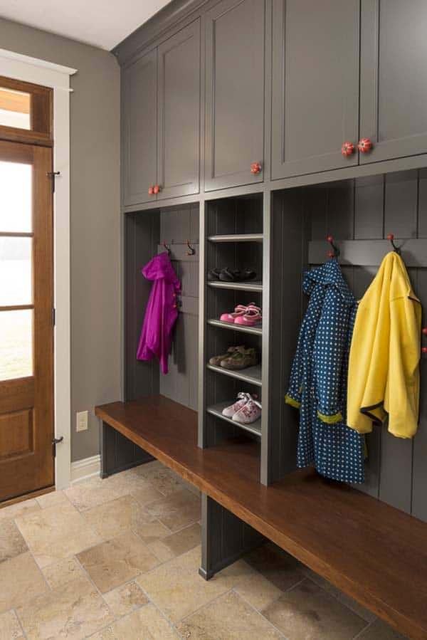 Mudroom Entry Design Ideas-50-1 Kindesign