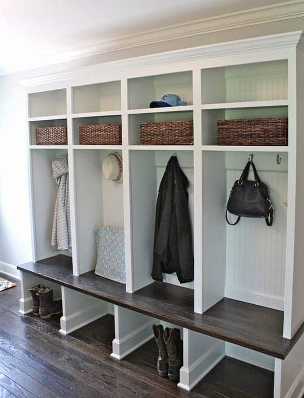 Mudroom Entry Design Ideas-53-1 Kindesign