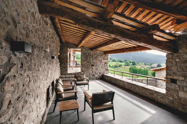 Rehabilitation in la Cerdanya-Dom Arquitectura-03-1 Kindesign