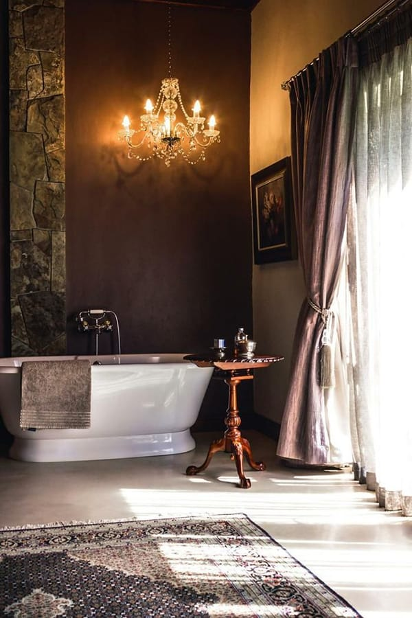 Romantic Bathrooms-15-1 Kindesign