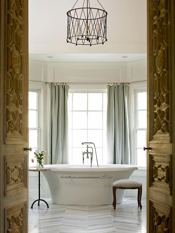 Romantic Bathrooms-22-1 Kindesign