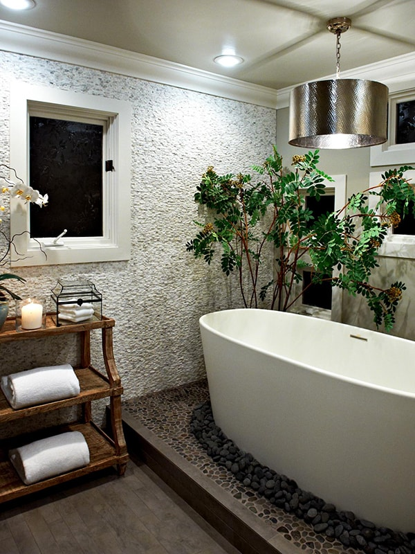 Romantic Bathrooms-32-1 Kindesign