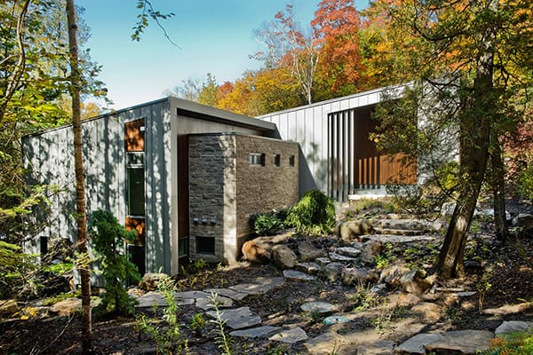 featured posts image for Lake House Living at Chalet Lac Gate in Quebec by BOOM TOWN