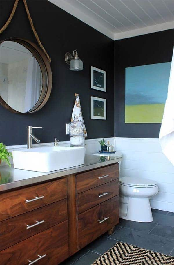 Dark and Moody Bathrooms-33-1 Kindesign