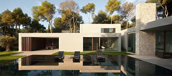 El Bosque House-Ramon Esteve Estudio-02-1 Kindesign