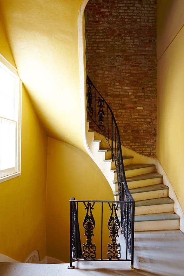 French Quarter Pied-a-Terre-Logan Killen Interiors-02-1 Kindesign