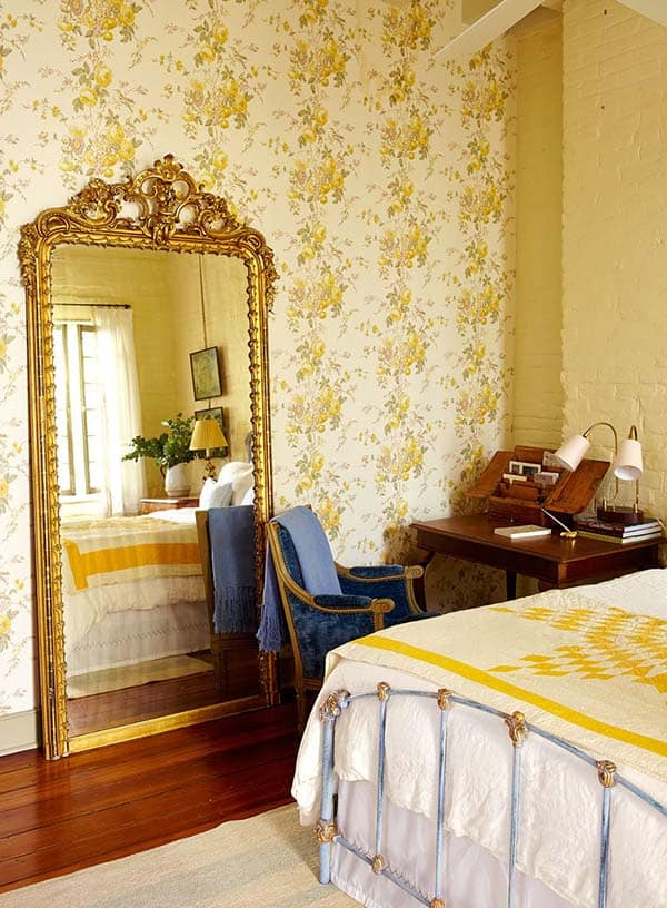 French Quarter Pied-a-Terre-Logan Killen Interiors-18-1 Kindesign