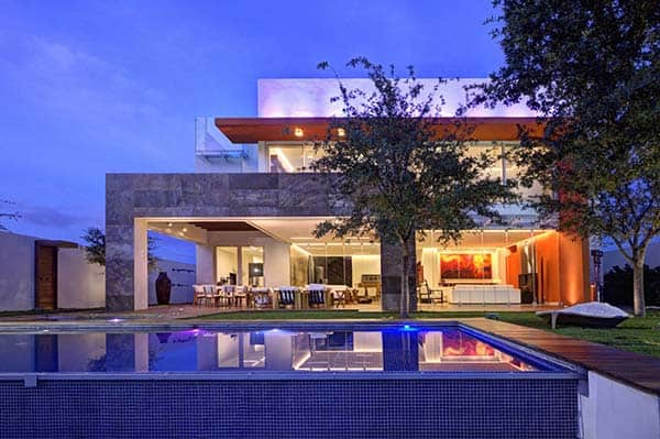 featured posts image for Contemporary Mexican home with clean lines: House S