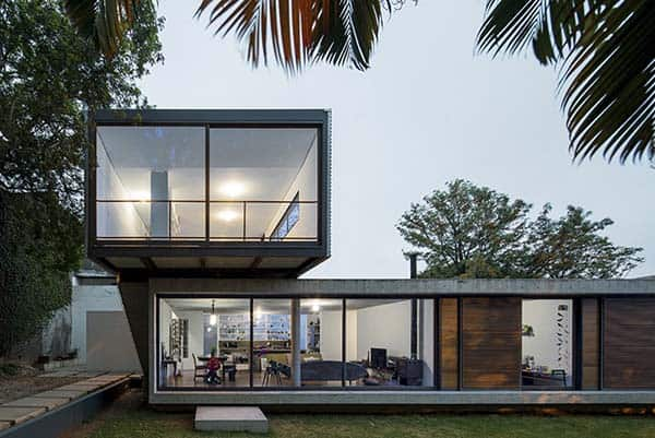 featured posts image for Astonishing concrete and glass residence in Brazil: LP House