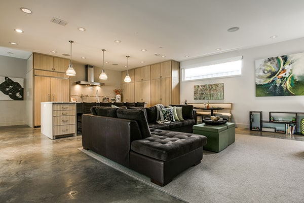 featured posts image for Rustic-modern barnwood farmhouse in Dallas, Texas