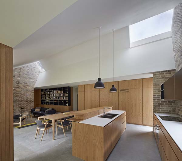 Skylight House-Andrew Burges Architects-01-1 Kindesign