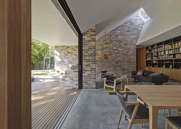 Skylight House-Andrew Burges Architects-02-1 Kindesign