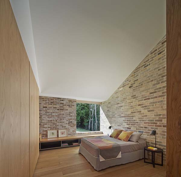 Skylight House-Andrew Burges Architects-09-1 Kindesign