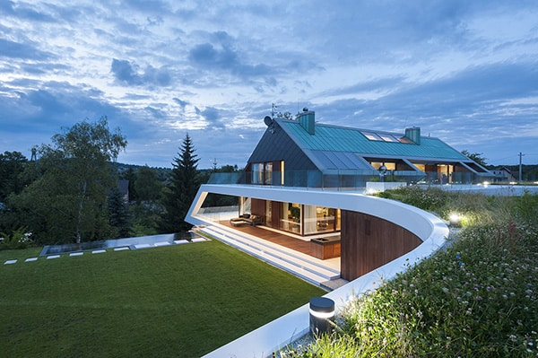 featured posts image for Urban house design in mountain environment by Mobius Architecture