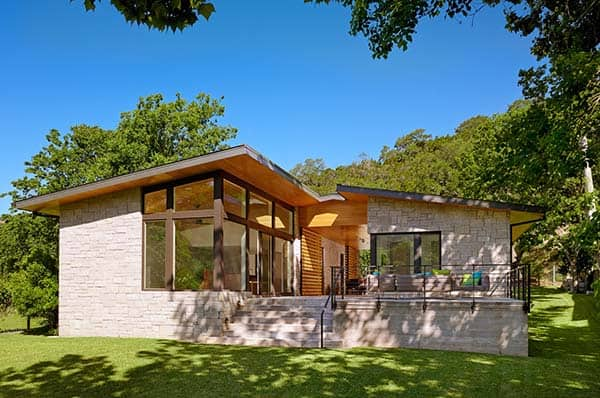 featured posts image for Modern weekend lake house in Texas by Stuart Sampley Architect