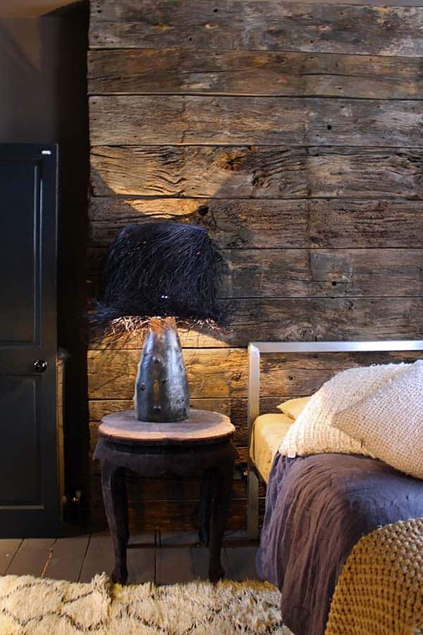 Wood Clad Bedroom Walls-32-1 Kindesign