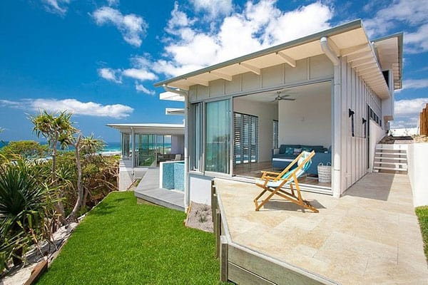 featured posts image for Mesmerizing beach retreat in Australia: Blue Dog Beach House