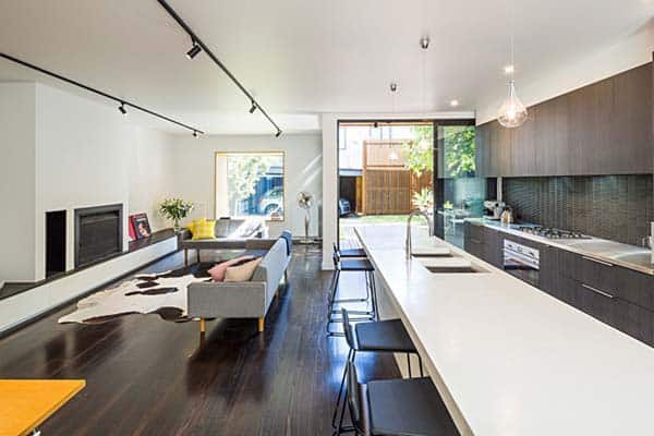 Elwood Residence-Robert Nichol and Sons-03-1 Kindesign