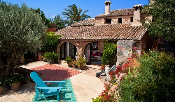featured posts image for Rustic-chic country estate in Spain: Maison Toscana