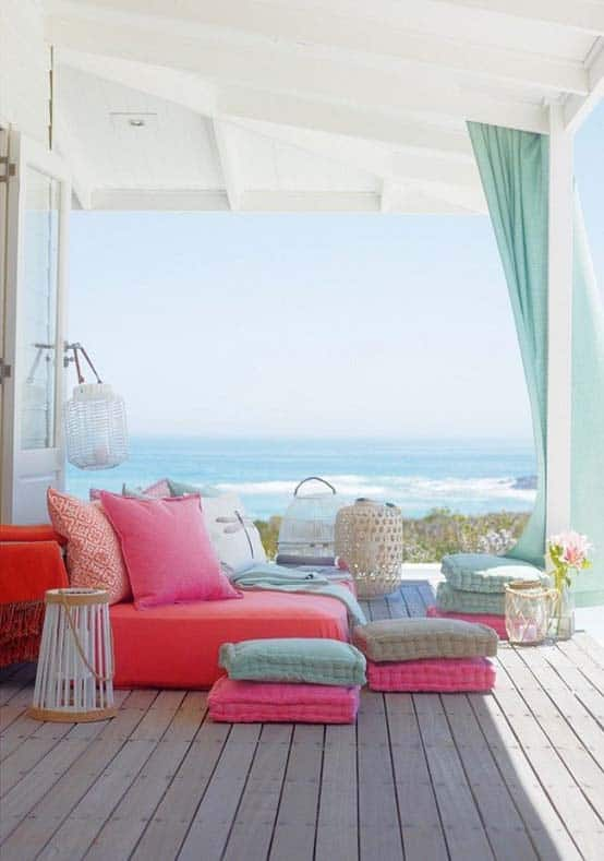 Relaxing Outdoor Living Spaces-06-1 Kindesign