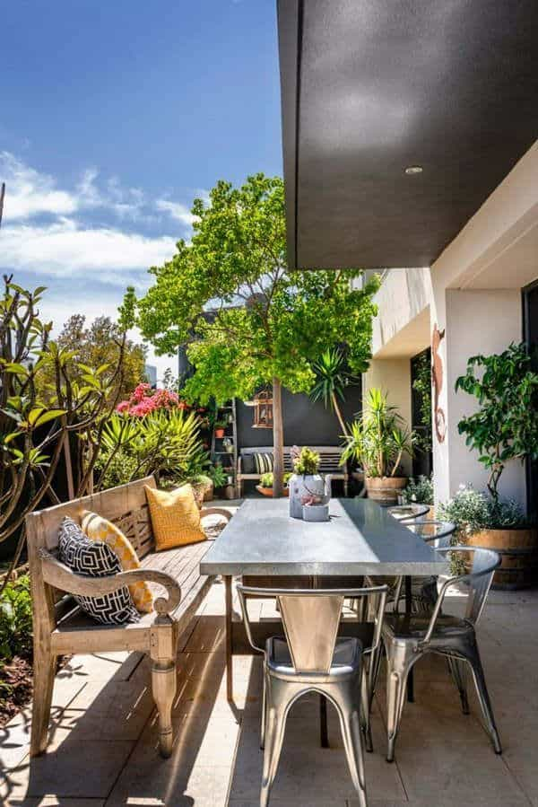 Relaxing Outdoor Living Spaces-31-1 Kindesign