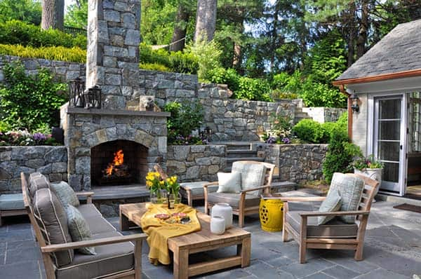 Relaxing Outdoor Living Spaces-36-1 Kindesign