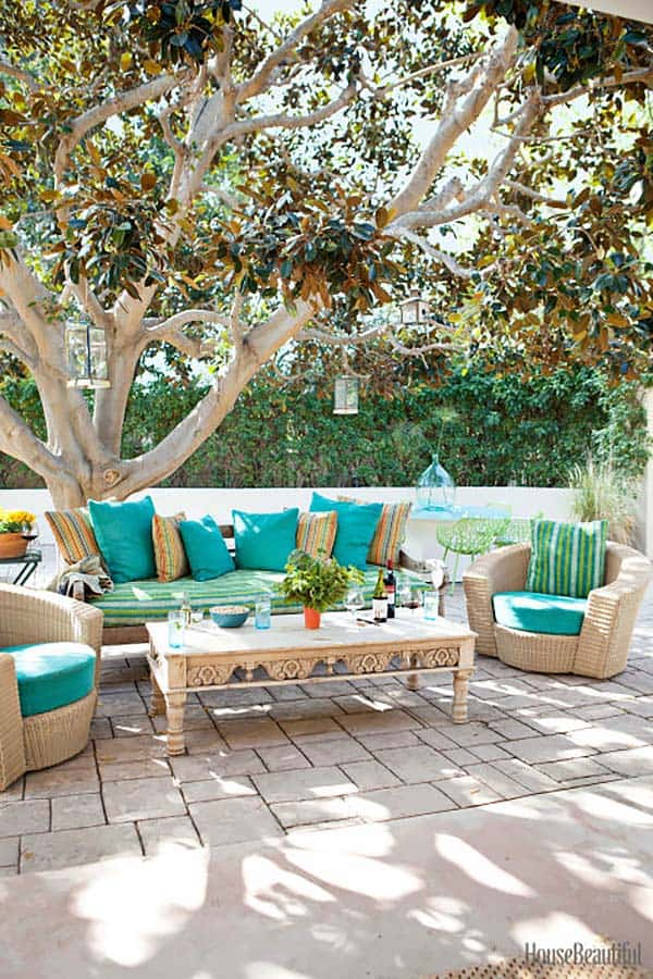 Relaxing Outdoor Living Spaces-39-1 Kindesign