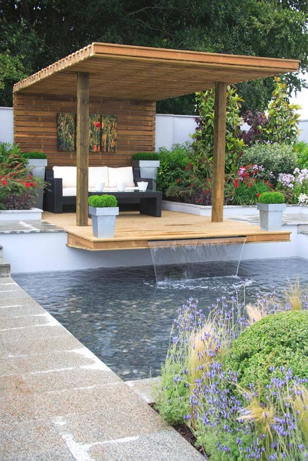Relaxing Outdoor Living Spaces-40-1 Kindesign