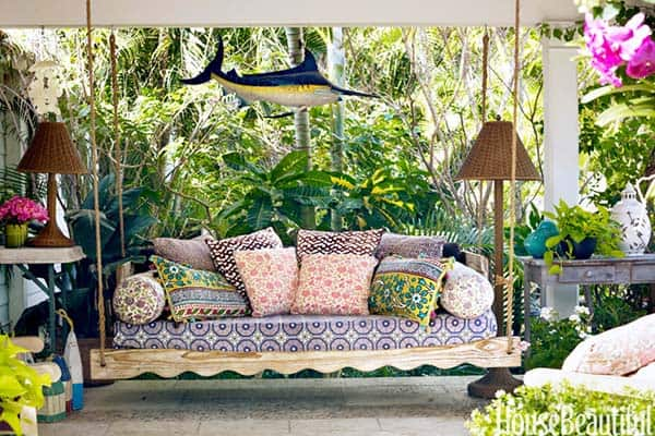 Relaxing Outdoor Living Spaces-54-1 Kindesign