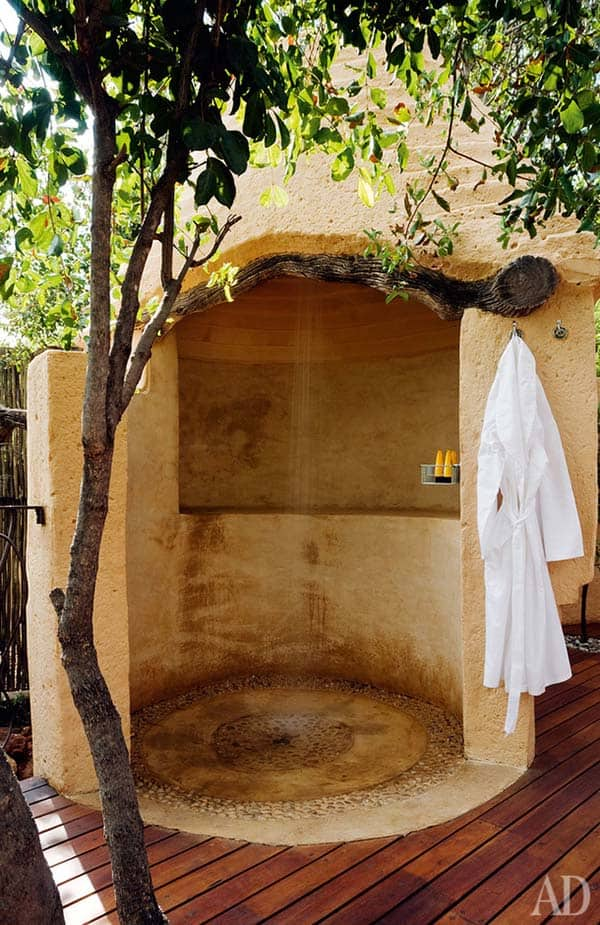 Awesome Outdoor Bathrooms-19-1 Kindesign